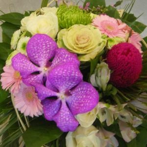 bouquet-rond-rose-vif-vanda