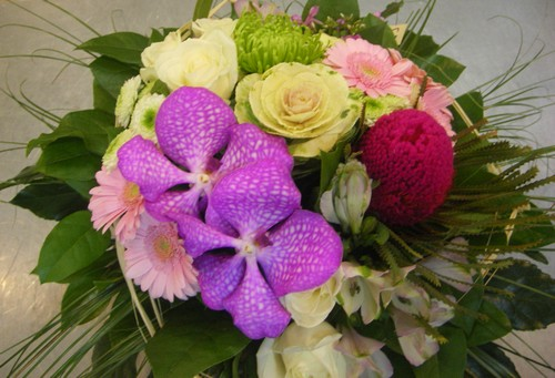 bouquet-rond-rose-vif-vanda